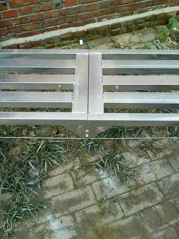 昆明方管折叠马凳踏板