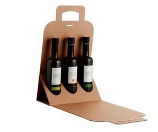 红酒包装盒定做有着怎样的设计方案