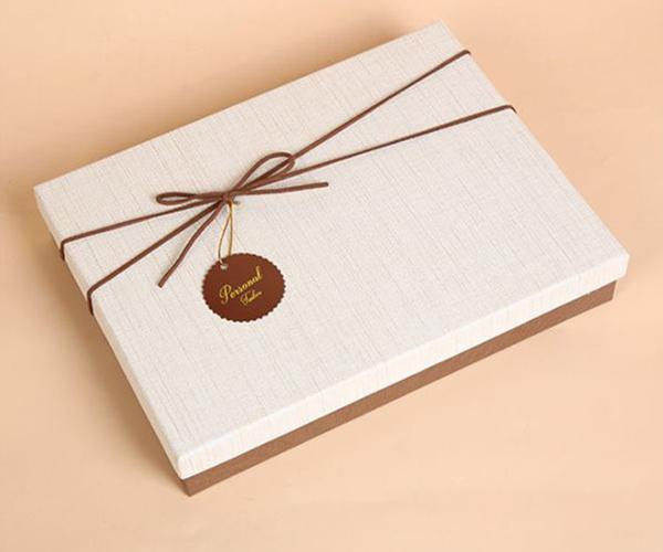 聊一聊礼品包装盒的7大制作工艺