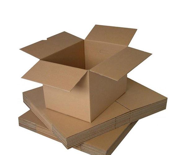 物流包装箱