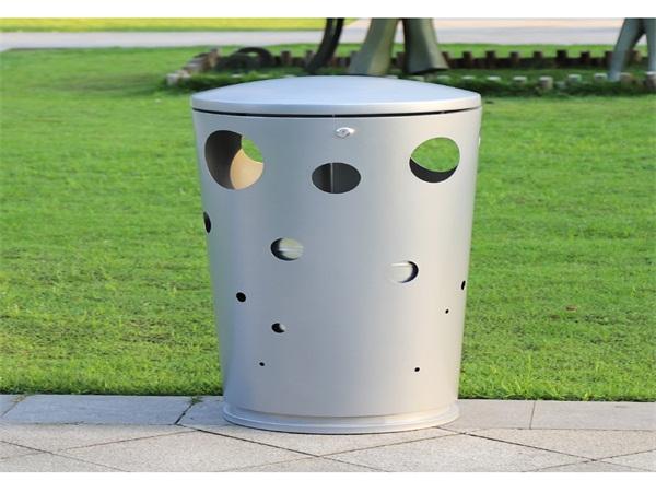成都垃圾桶厂家分析户外广告垃圾桶的选择