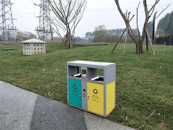 锦江大道绿道成都垃圾桶施工项目