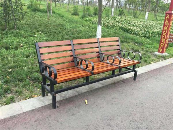 防腐木公园椅原理及其广泛应用