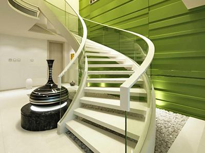 福州惠佰家实木楼梯