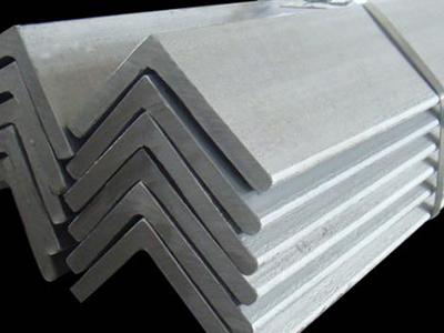 镀锌角钢及其厂家的优点