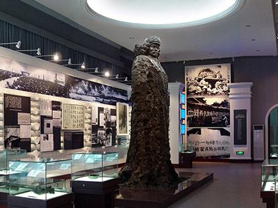 东北烈士纪念馆雕塑