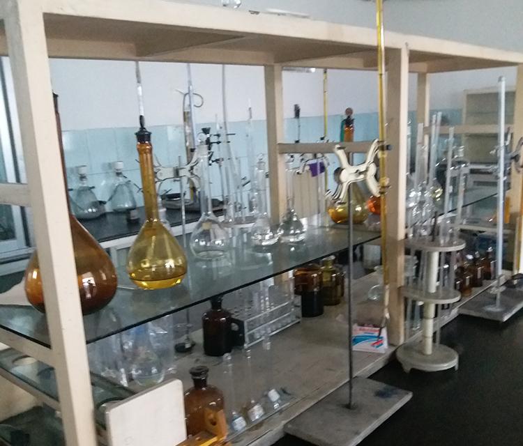 活性炭工厂实验室展示