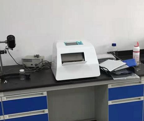 酶底物法程控封口機重慶市區某污水廠培訓完畢