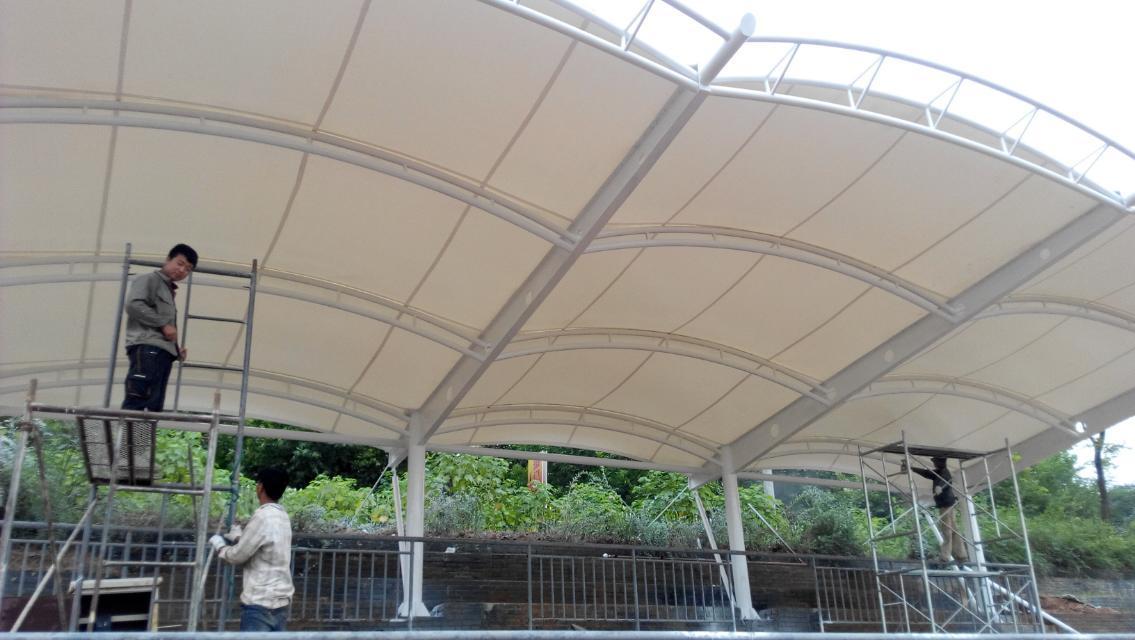体育场膜结构看台建设