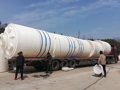 新疆锥底水箱
