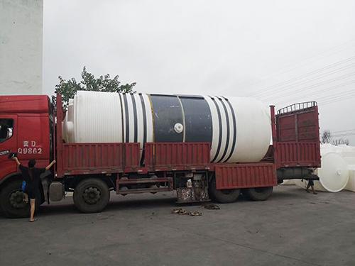 青海锥底水箱设备