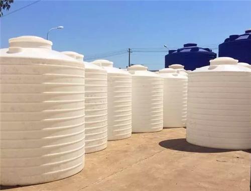 原材料和工艺对制造PC塑料水箱制作有影响
