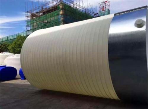 環保行業所用的PE塑料水箱儲罐特性是什么