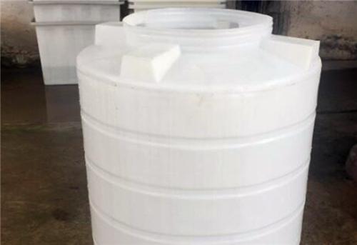 西安塑料制品厂家帮你挑选PE塑料储罐