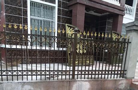 铝艺围墙栏杆