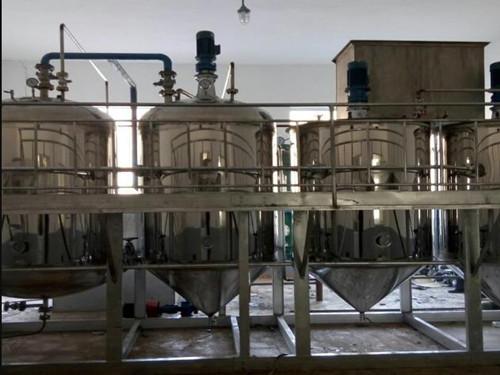 茶籽油精炼设备(日产量一吨)