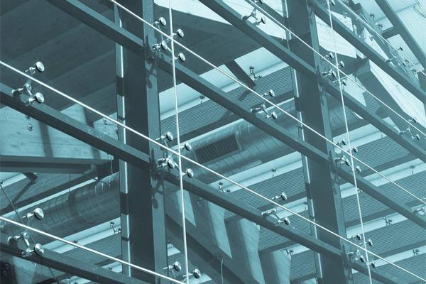 云南玻璃幕墻中玻璃破裂的幾點原因
