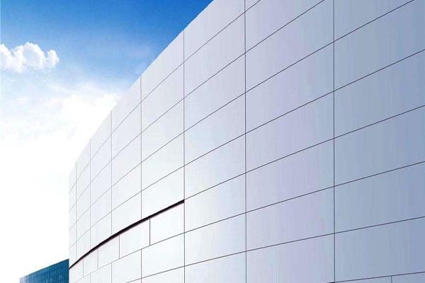如何正確選擇鋁單板幕墻的厚度