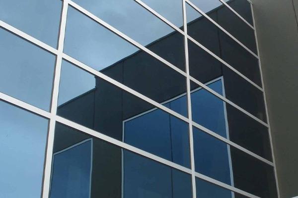 云南明框玻璃幕墻價格