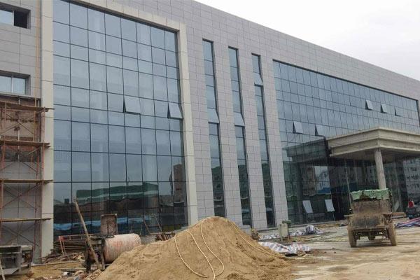 民用建筑為什么很少使用貴州玻璃幕墻?