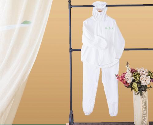 白色纯棉浴服