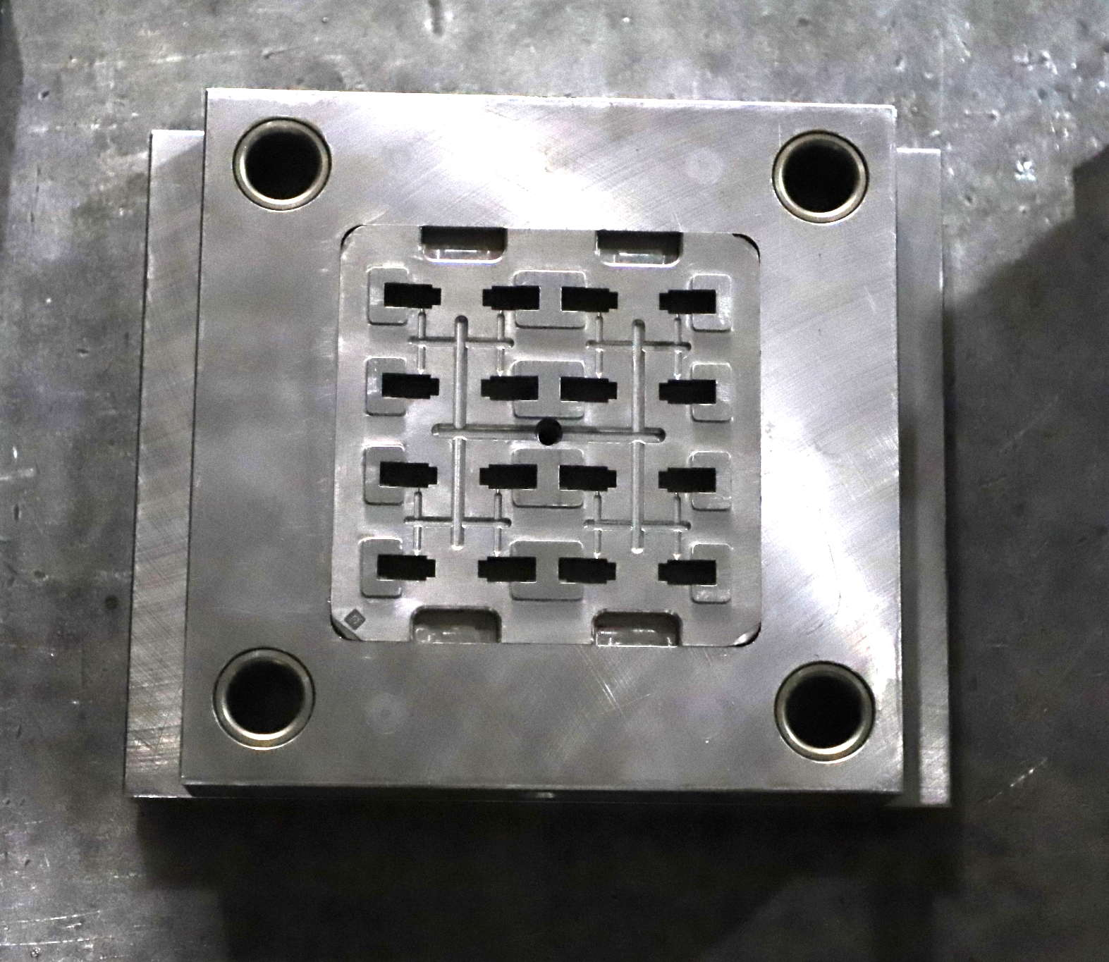 注塑模具-05