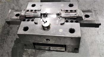 压铸模具-01