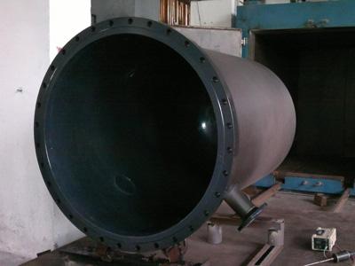 F30反应罐采用四氟喷涂工艺制作而成,特氟龙喷涂F30反应罐性能好