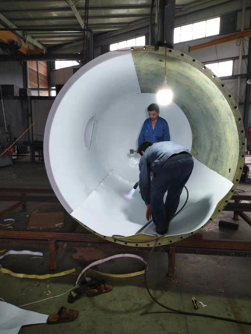 钢罐衬聚四氟板施工