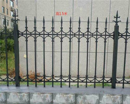 优质铁艺护栏