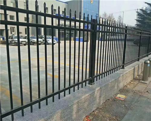 采购锌钢护栏