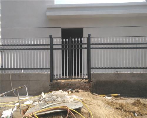 定制锌钢护栏