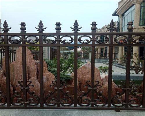 围墙铝艺护栏厂家安全设计