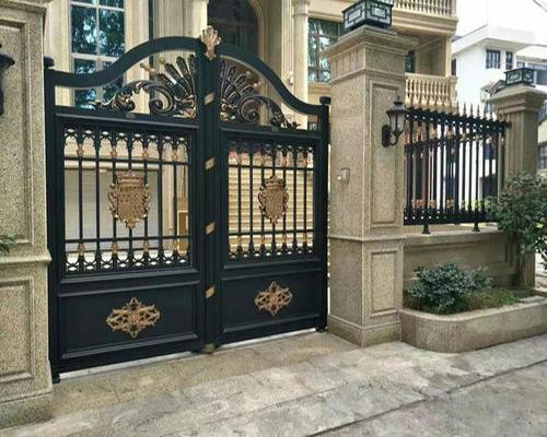 别墅铝艺大门的喷漆流程