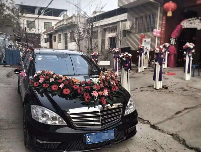 臨渭區豪華婚車租賃