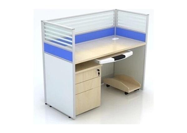 电脑屏风桌