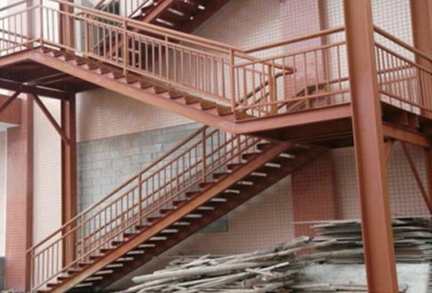 重庆钢结构楼梯安装要注意什么?