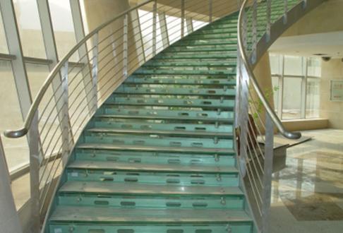 建筑钢结构楼梯需求留心的几个点