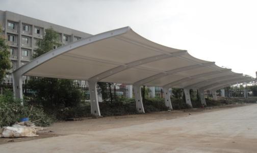 七字膜结构雨棚