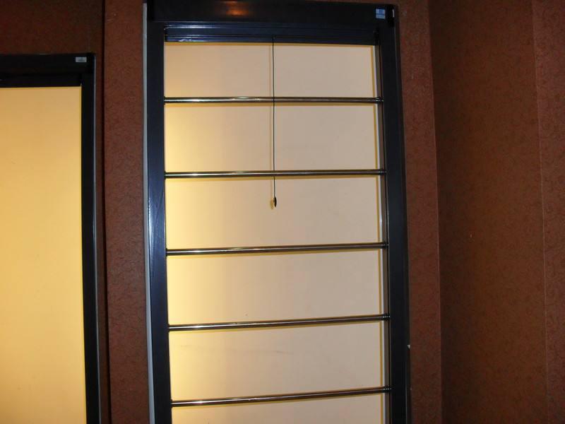 綿陽防護欄紗窗