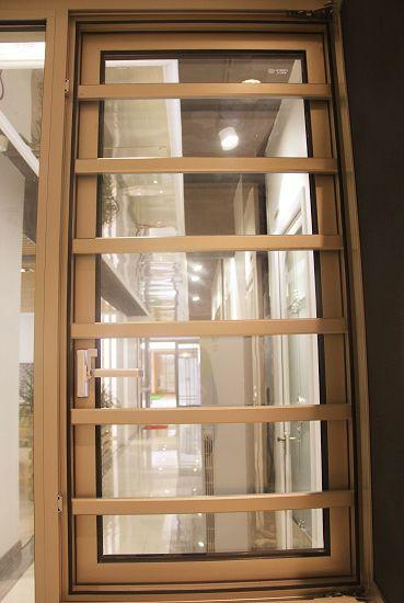 防護欄紗窗