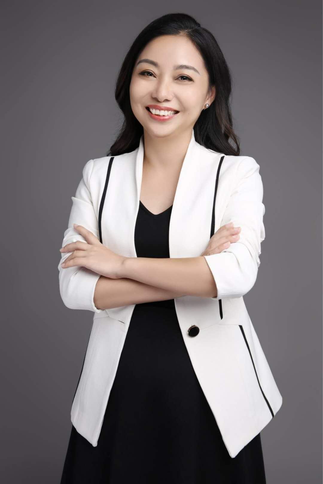 潘志珍/副总经理