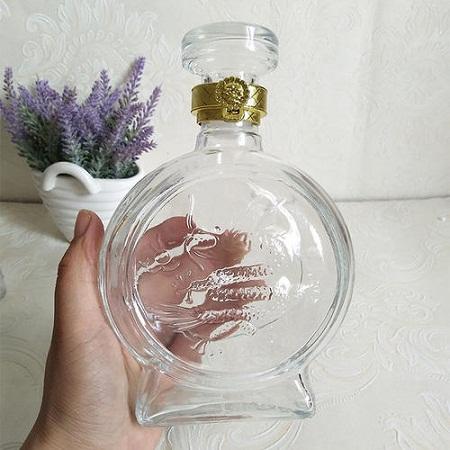 玻璃酒瓶生产厂