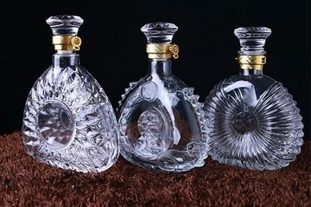 玻璃酒瓶定制厂家