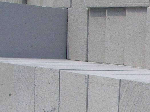 加气砖制品在切割时断裂的原因及防护措施