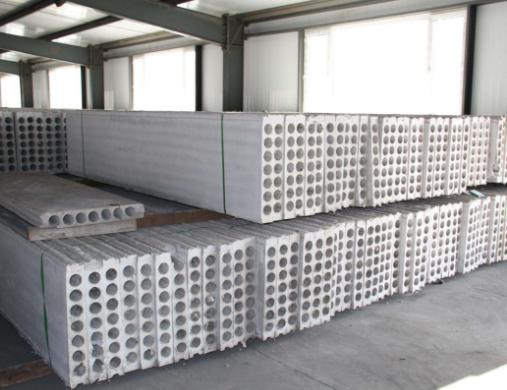 轻质隔墙板PK传统墙体材料