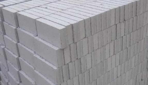 泡沫砖和加气砖区别是什么呢?