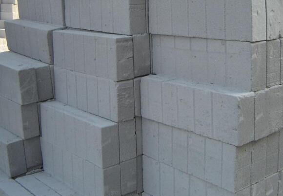 混凝土加气砖加气混凝土砌块出现裂缝什么情况