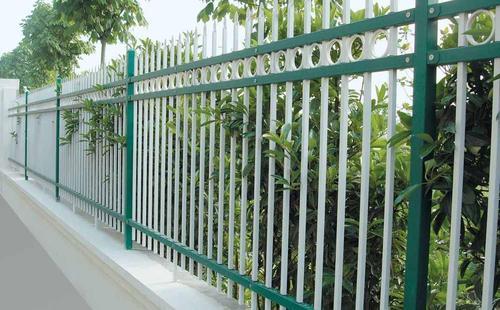 锌钢草坪围栏