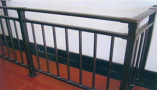 锌钢护栏的独特优点